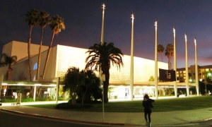 santa_monica_civic_auditorium_night_smca_website